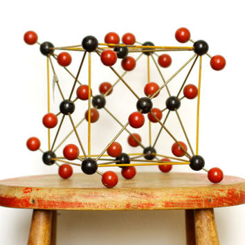 Vintage Atom Model for Co2 - Molecular Chemistry Teaching Aid - School Lab - Geometric