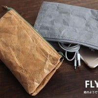 Strapya World : Fly Bag Upper West Tochigi Leather Smartphone Pouch (Gray)