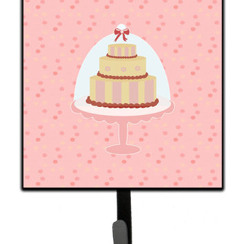 Decorative Cake 3 Tier Pink Leash or Key Holder BB7275SH4