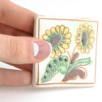 Fridge handmade painted ethnic ceramic souvenir decor clay magnet Sunflowers