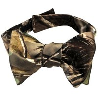 Realtree Camo Bow Tie For Men $49.00