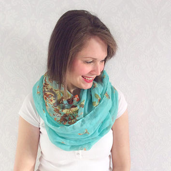 Green Infinity Scarf, Eternity Scarf, Neck Wrap, Nursing Cover, Snood, Loop Scarf, Winter Wear, Fashion Accessory, Teen Gift Ideas