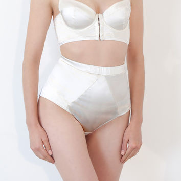 Pearl High Knicker