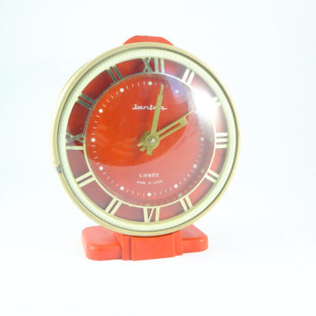 Working JANTAR - Vintage Mechanical Beige / Red Alarm Clock - from Russia / Soviet Union / USSR / Wind up / mechanical, CCCP