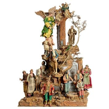 18th Century High Quality Neapolitan Crèche with 20 Figures and Structure