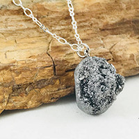 Solver druzy quartz pendant, fashion accessory, crystal pendant, boho fashion, silver jewelry, bohemian jewelry, simple necklace