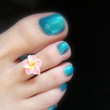 Pink Polymer Flower Stretch Bead Toe Ring