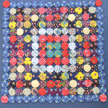 Vintage Yo Yo Quilt Square Wall Hanging Table Topper