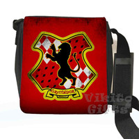 Gryffindor - Messenger Shoulder bag, inspired by Harry Potter, Gryffindor crest Small Bag, Birthday gift, Harry Potter bag