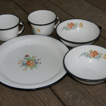 Vintage 1960s Enamelware Lot Of Floral Decorated Plate 2 Cups 2 bowls