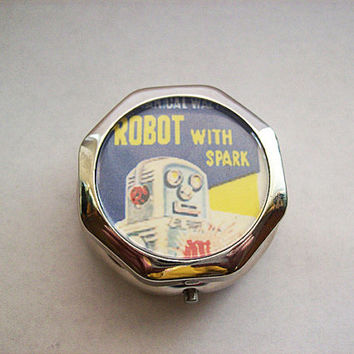 retro robot pill box vintage 1950's tin toy kitsch vitamin case