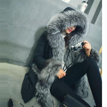 2017 Fashion New Real Big Fox Fur Collar Hooded Women Winter Jacket Lady Slim Long Clothing Warm White Duck Down Female Parkas
