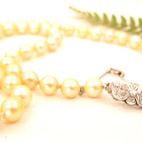 Art Deco Pearl Necklace with Diamond Clasp, Hand Knotted Strand, Rose Cut Diamonds with 18K White Gold and Platinum, Italian Leather Box
