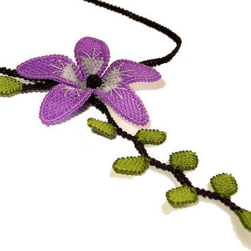 Gypsy bohemian necklace lace flower with leaves, boho purple and green, lilac lavender lime, hand embroidery / tatting lace jewelry TAGT