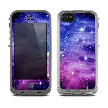 The Purple and Blue Scattered Stars Skin for the Apple iPhone 5c LifeProof Fre Case