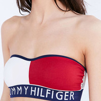 Tommy Hilfiger Seamless Bandeau Bra - Urban Outfitters