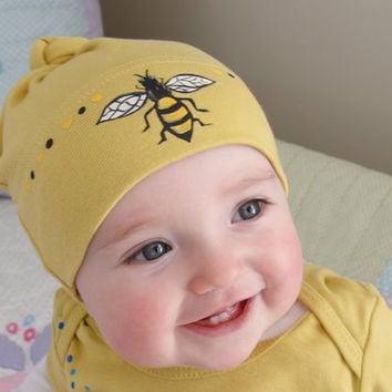 Bumble Bee Baby Hat Hand Painted on Organic Cotton, American Apparel, Fun Baby Gift, Yellow Baby Clothes