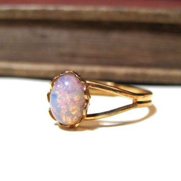 Vintage Pink Harlequin Opal Ring - WWII Era - Lace / Scalloped Setting - Gold Plated - Adjustable