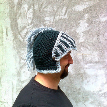 Crocheted Knight Helmet Hat With Movable Visor , Slouch Mens Grey Convertible Beanie Bicycle Winter Men Snowboard Ski Hat Spartan