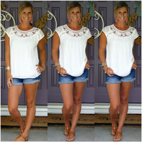 White Lace Crochet Short Sleeve T-Shirt