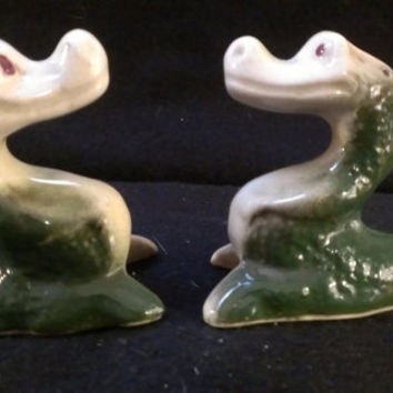 Alligator Salt and Pepper Shakers (294)