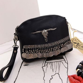 Fringe Vintage Clutch Women Leather Handbags Designer Black Boho Hand Bag Small Tassel Stud Women Messenger Bags Luxury Purses