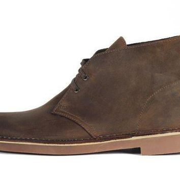 CREYI7E Clarks for Men: Bushacre 2 Beeswax Boot