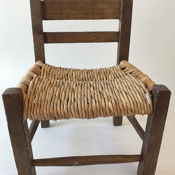 Primitive Small Child's Chair Rush Seat, Vintage Wooden Rustic Seating, Farmhouse Home Decor