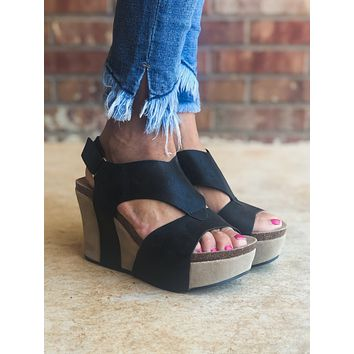 Katie Strappy Platform Wedges in BLACK (Size 6-11)