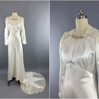Vintage 1940s Wedding Dress / SATIN STAR / 40s Bias Cut Dress / 1930s Art Deco Ivory Satin & Lace Gown / Size Small to Medium