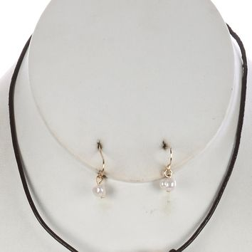 Knotted Rubber Cord Pearl Trio Bib  16  13 Inch Drop Necklace Earring Set