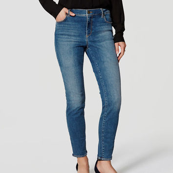 Curvy Skinny Jeans in Authentic Mid Indigo Wash | LOFT
