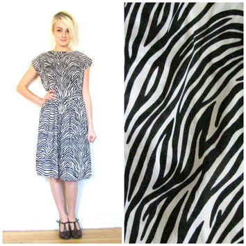 60s vintage dress / Zebra print rockabilly dress / Fit and flair / Retro / Rockabilly / Mid century Sears dress size medium M