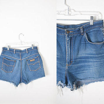1970s Cut Off Denim Shorts / Dark Blue Denim Shorts / Faded Denim Shorts / Boho Jean Shorts / Vintage High Waist Jeans / High Waisted Shorts