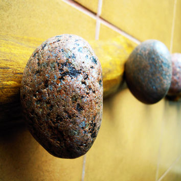 Shower Hooks - Coat Rack with natural Sea STONES Hardwood Handcrafted gift Wall mounted solid oak towel rack with natural Beach Stones