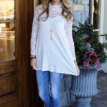 Center Stage Lace Top Off White