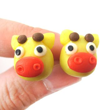 Giraffe Shaped Animal Themed Polymer Clay Stud Earrings | DOTOLY
