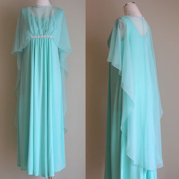 Vintage 70s Long Mint Bridesmaid Dress - Sleeveless Formal Evening Gown with Sheer Overlay Cape and Faux Pearl Beading - Size Medium / Large