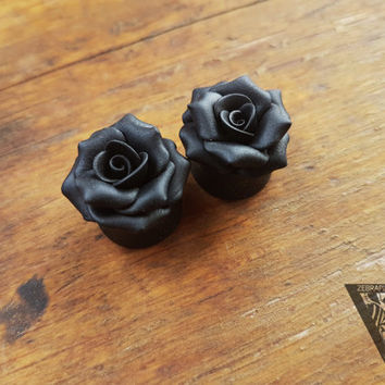 "Black Rosebud flowers plugs,Wedding gauges,Bride gauges,8,10,12,14,16,18,20,22,24-30mm;2g,0g,00g;5/16"",3/8"",1/2"",9/16"",5/8"",3/4"",7/8"",1 1/4"""