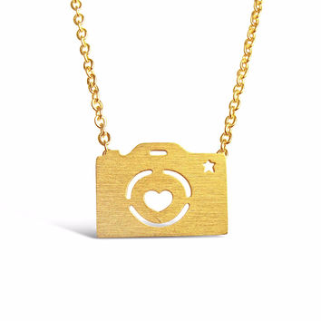 Dainty Camera Necklace for Photography Lovers and Enthusiasts