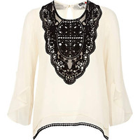 Cream Chelsea Girl contrast victoriana blouse