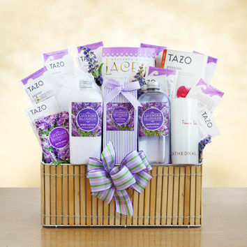 Lavender Spa & Tea Gift Basket - Deluxe
