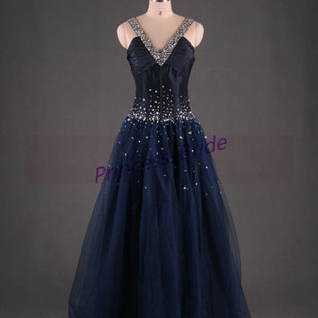 2014 floor length tulle prom dresses with sequins,unique v-neck party dress in navy blue,cheap vintage evening prom dress.