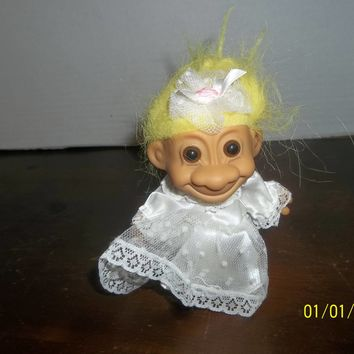 "vintage russ yellow hair bride troll doll 5"" tall"