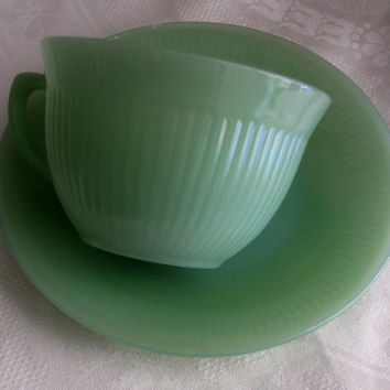 Jadeite, Anchor Hocking Fire-King Jade-ite, Jane Ray Pattern, Delicate And Pretty Glass Teacup & Saucer 950's