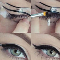 2 Pcs Magic Eyeliner Stencil Model Beginner Eye +Necklace