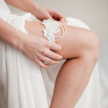 Pearl and Lace Garter Something Blue - Pearl  Style 1113
