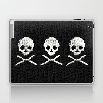 Skull XO Laptop & iPad Skin by MaksciaMind