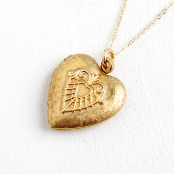 Vintage Gold Filled Heart Locket Necklace- 1940s WWII Era Sweetheart Etched Love Jewelry Hallmarked Walter E. Hayward Company
