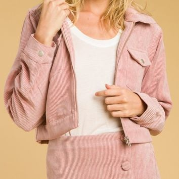Cropped Jacket With Collars And Pockets (8IT0891H)